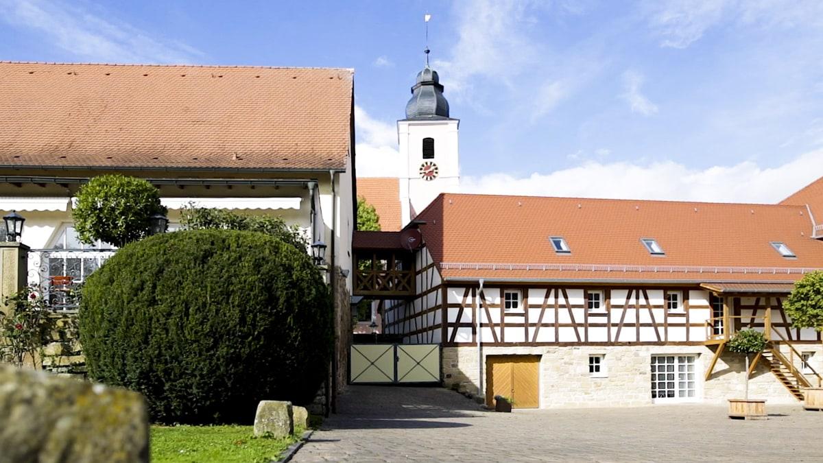 Hochzeit Heidelberg Landgut Schloss Mithelfend