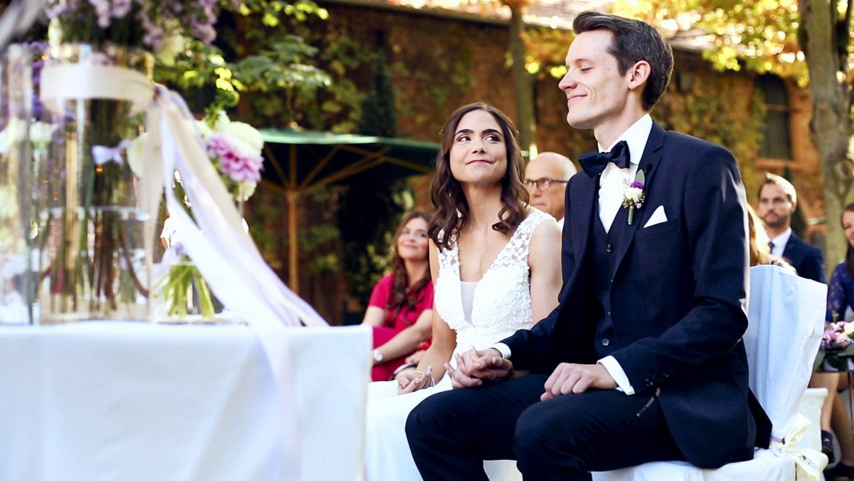 Hochzeit Hofgut von Hünersdorff Brautpaar bei Trauung