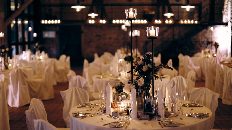 Hochzeit Hofgut von Hünersdorff Dinnertable