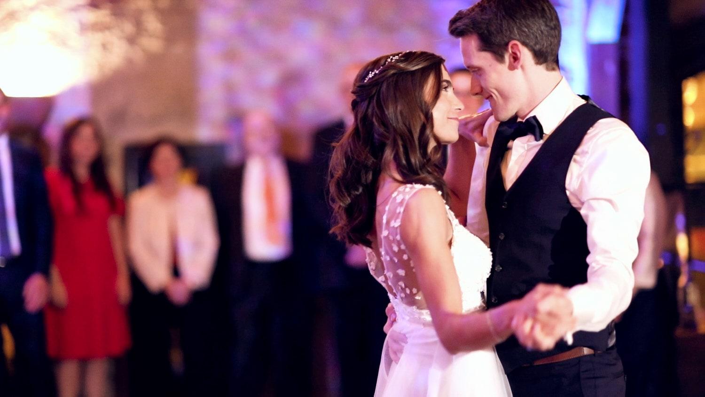 Hochzeit Hofgut von Hünersdorff Tanz Brautpaar