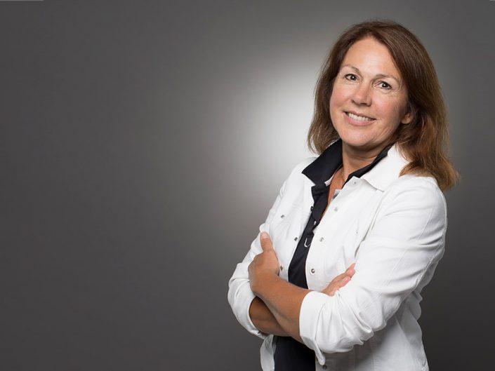 Dr. Angelika Münst