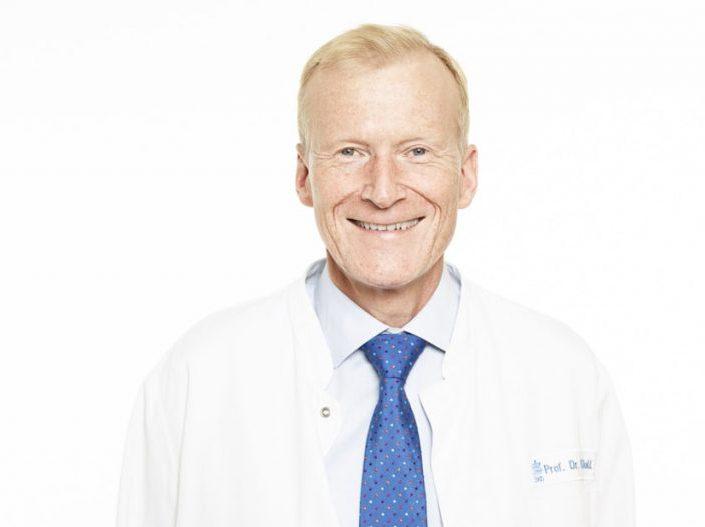 Dr. Nicolas Doll